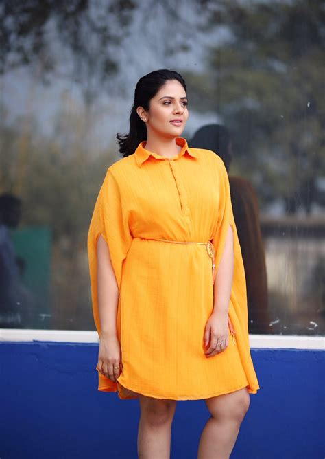 Sreemukhi Photos, Pictures and Images