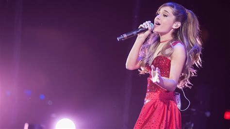 Ariana Grande Announces Manchester Benefit Concert For