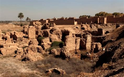Babylonian astronomers' geometry more advanced than