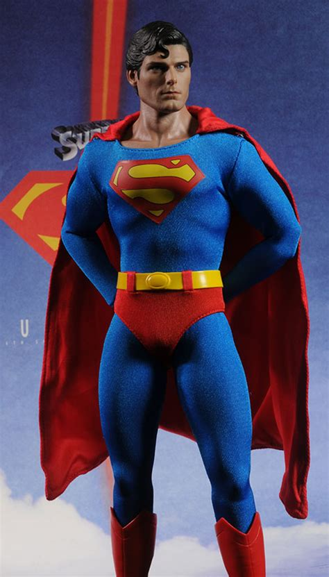 Review and photos of Superman Christopher Reeve sixth