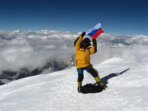 K2 Russian West Face expedition climbs new route