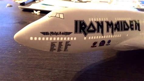 Revell 1:144 scale iron maiden 747-400 ( ed force one
