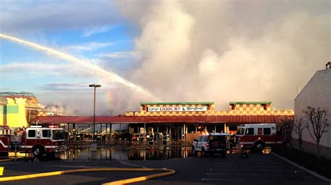 Fire destroys two Hollister businesses