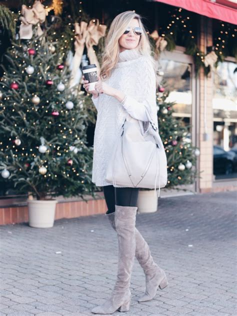 How To Dress Comfortably Chic in The Winter - Leggings and