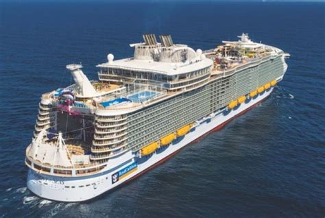 Largest Cruise Ship to Call in 2020 - Jamaica Information