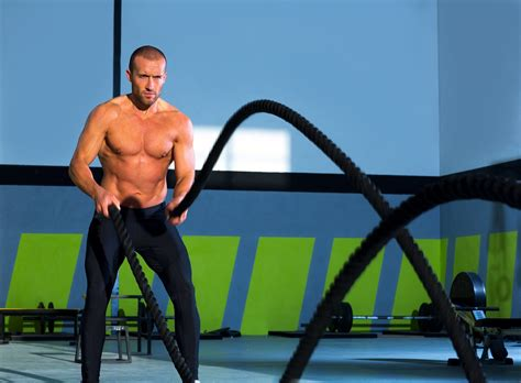 WatchFit - A heavy rope workout for lean legs