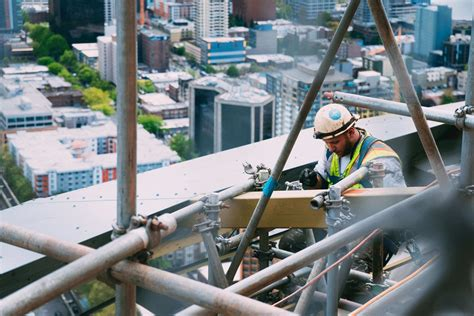 Construction demand high in the US amid labor shortage