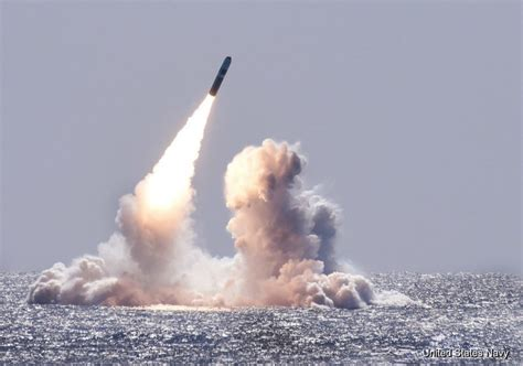 USA is making a new Submarine-launched missile - Fighter
