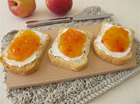 Peach Jam Recipe - Summertime Goodness, Made Without Pectin