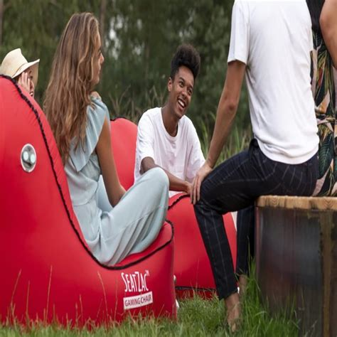 This self-inflating chair makes it easy to relax and have