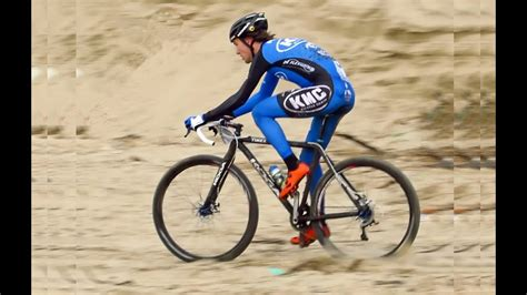 Pembrey Battle on the Beach cycling race 16th March 2014