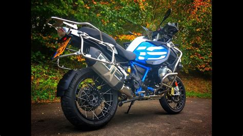 2018 BMW R1200 GS Adventure Review - First look at the TFT