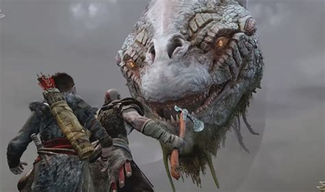 New God of War Gameplay PS4 Shows Kratos Fighting a Troll