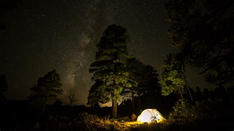 Download wallpaper: With tent under the night sky 1920x1080
